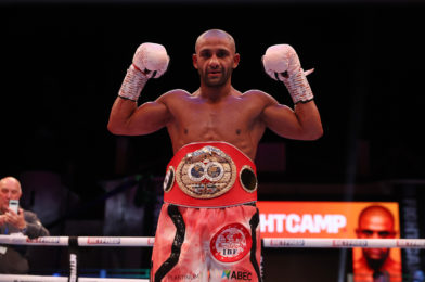 GALAHAD STOPS DICKENS IN ELEVEN TO CLAIM IBF FEATHERWEIGHT CROWN